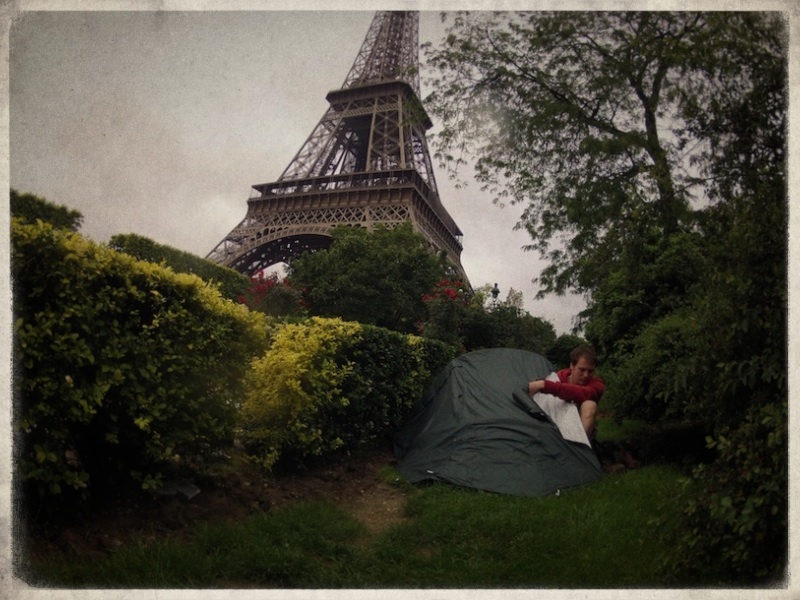 campingundertheeiffeltower